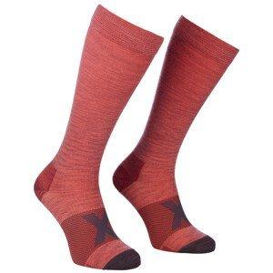 Kompresní ponožky Ortovox Tour Compression Long Socks W Velikost ponožek: 35-38 / Barva: červená