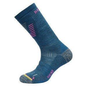 Dámské ponožky Devold Hiking Medium Woman Sock Velikost ponožek: 35-37 / Barva: modrá/růžová
