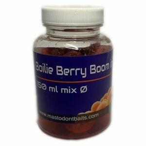 Mastodont Baits Boilie v dipu mix 150ml - Berry Boom